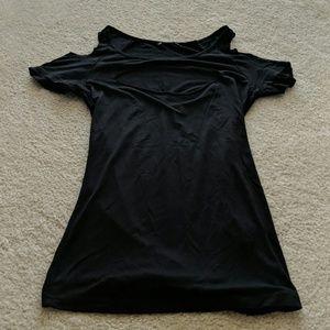 Tops - Cold shoulder cut out top